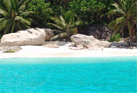 Free night upgrade helicopter hotel Seychelles